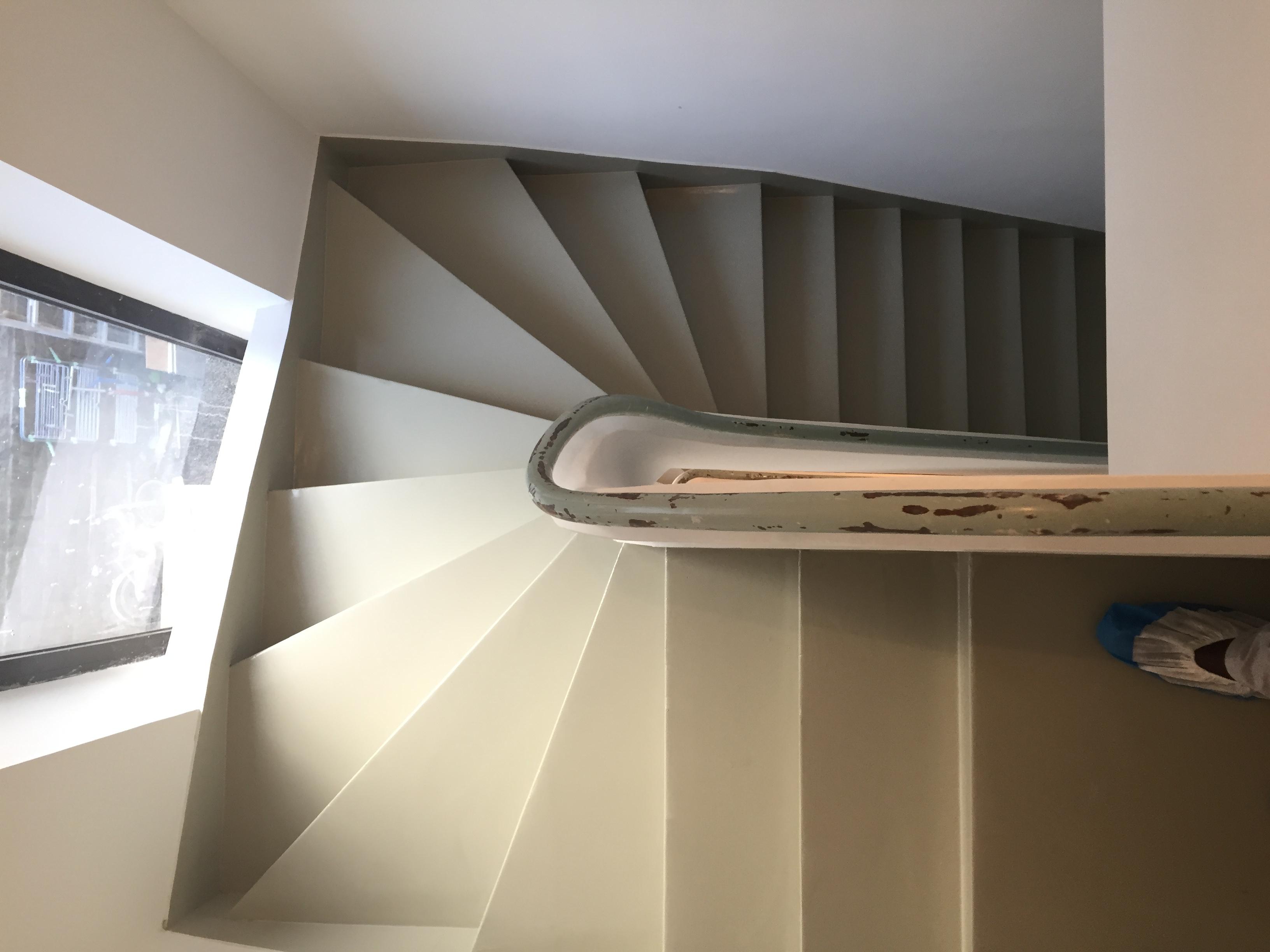 r sine de sol dans une maison d 39 habitation r novation. Black Bedroom Furniture Sets. Home Design Ideas